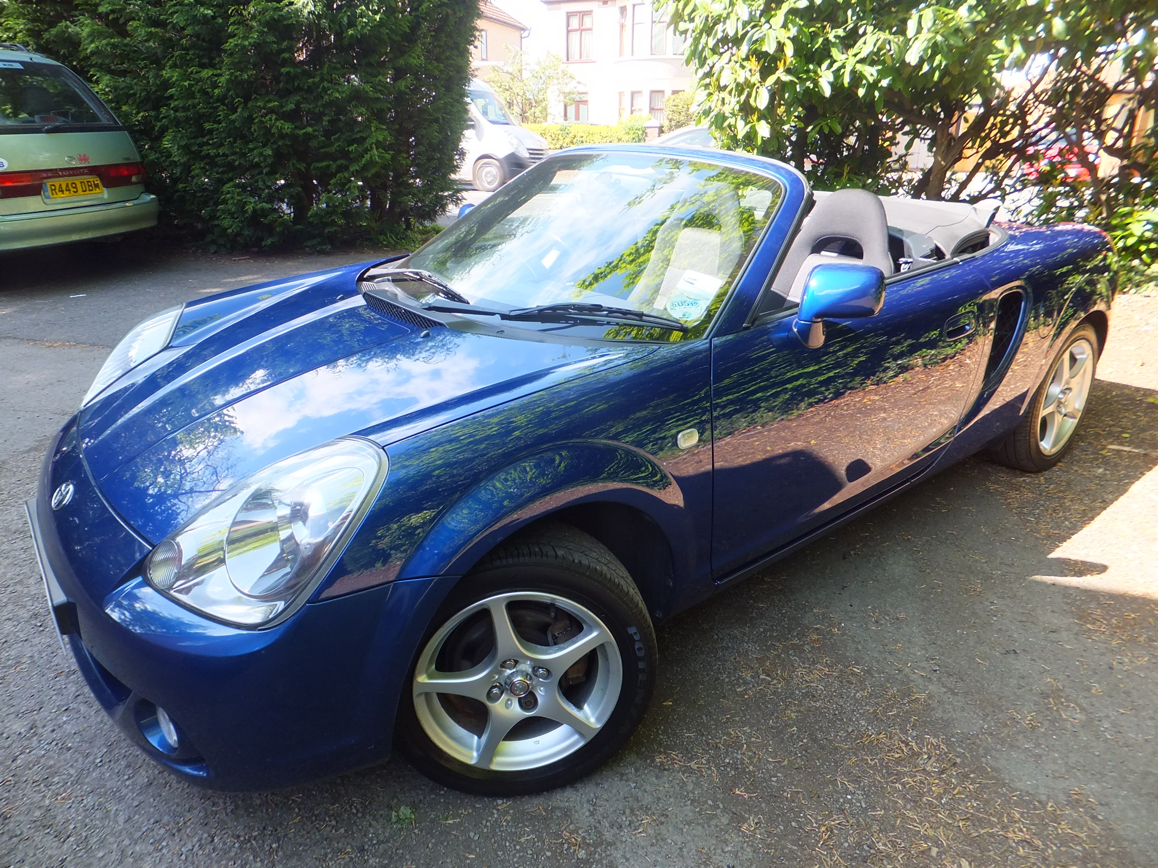 Toyota MR2 1.8 2 door convertible manual 2003 53, 75000 miles